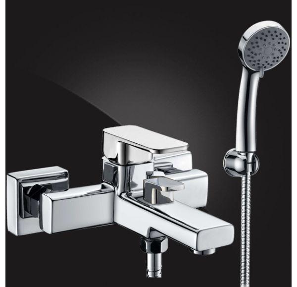 Mondschein Смеситель для ванны однорычажный с д/к 2320235